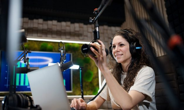 3 Revenue-Increasing Reasons Why You Should Use a Podcast in Your Content Marketing Strategy